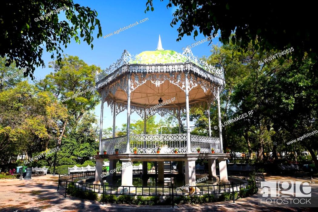 Stock Photo: Gazebo in a park, Jardin De San Marcos, Aguascalientes, Mexico.
