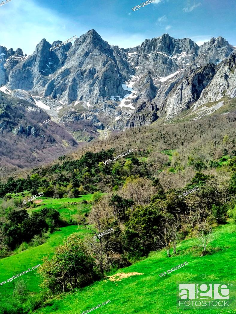 Stock Photo: Andara Massif seen from Mogrovejo villaje, Liébana valley, Picos de Europa National Park and Biosphere Reserve, Cantabria province, Spain.
