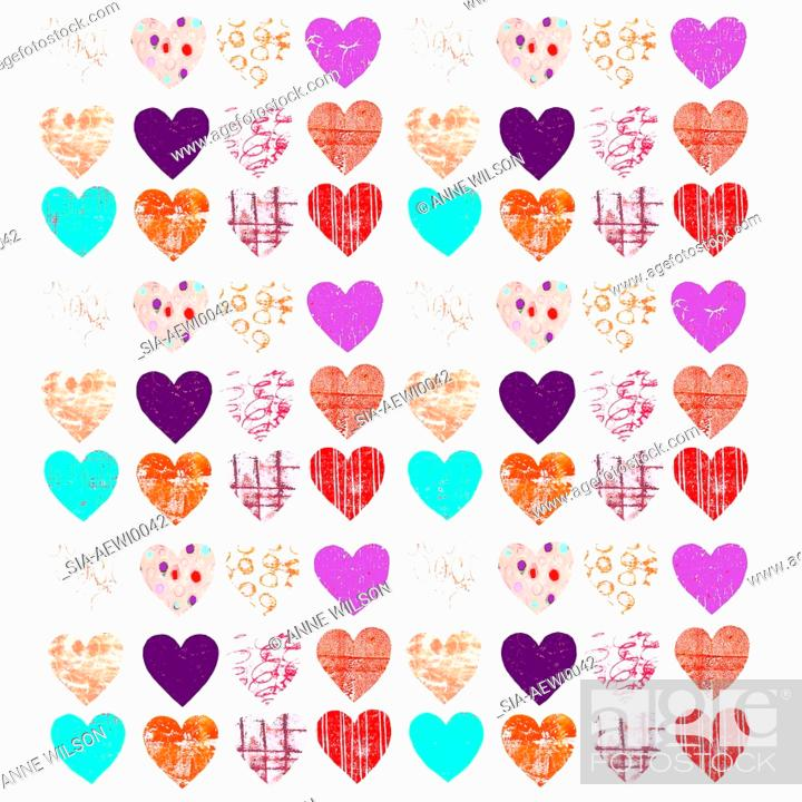 Imagen: Colorful, patterned hearts.