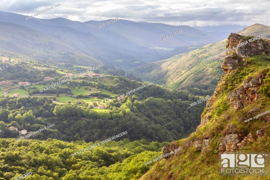 Stock Photo: Sierra del Escudo, Valles Pasiegos, Cantabria, Spain.