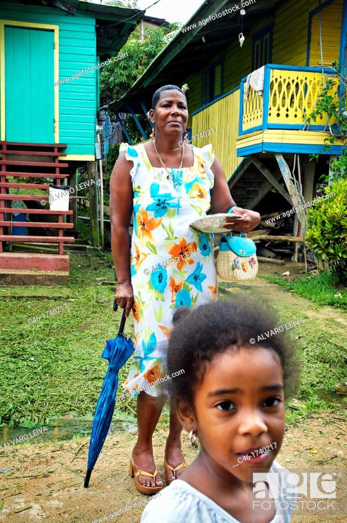 Stock Photo: Bastimentos town, Bastimentos island, Bocas del Toro province, Caribbean sea, Panama.