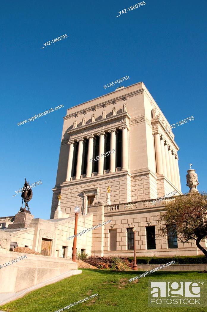 Stock Photo: USA, Indiana, Indianapolis, Indiana War Memorial.