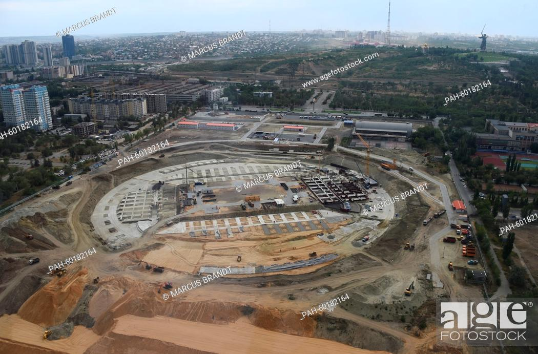 Imagen: The construction site of the 2018 World Cup stadium in Volgograd, Russia, 15 July 2015. Matches in the football World Cup 2018 will be played here in the city.