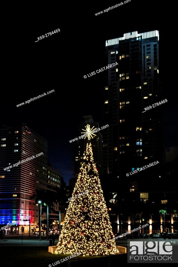Stock Photo: Christmas tree, Downtown Miami, Florida, USA.