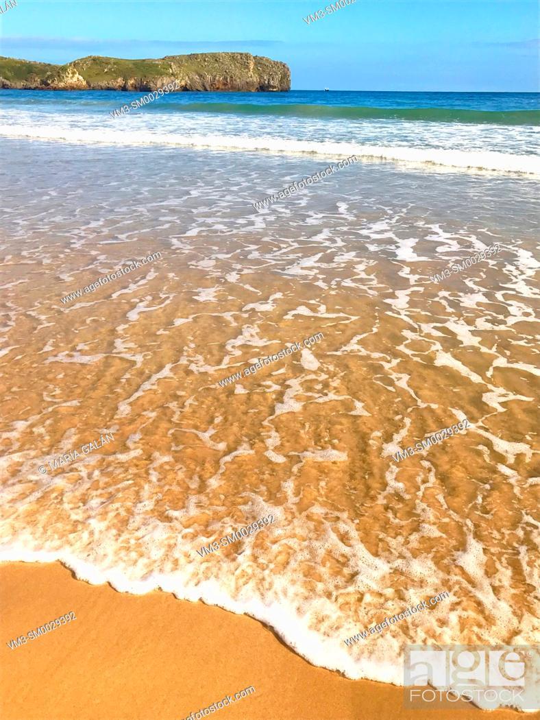 Stock Photo: Sea shore. Torimbia beach, Niembro, Asturias, Spain.
