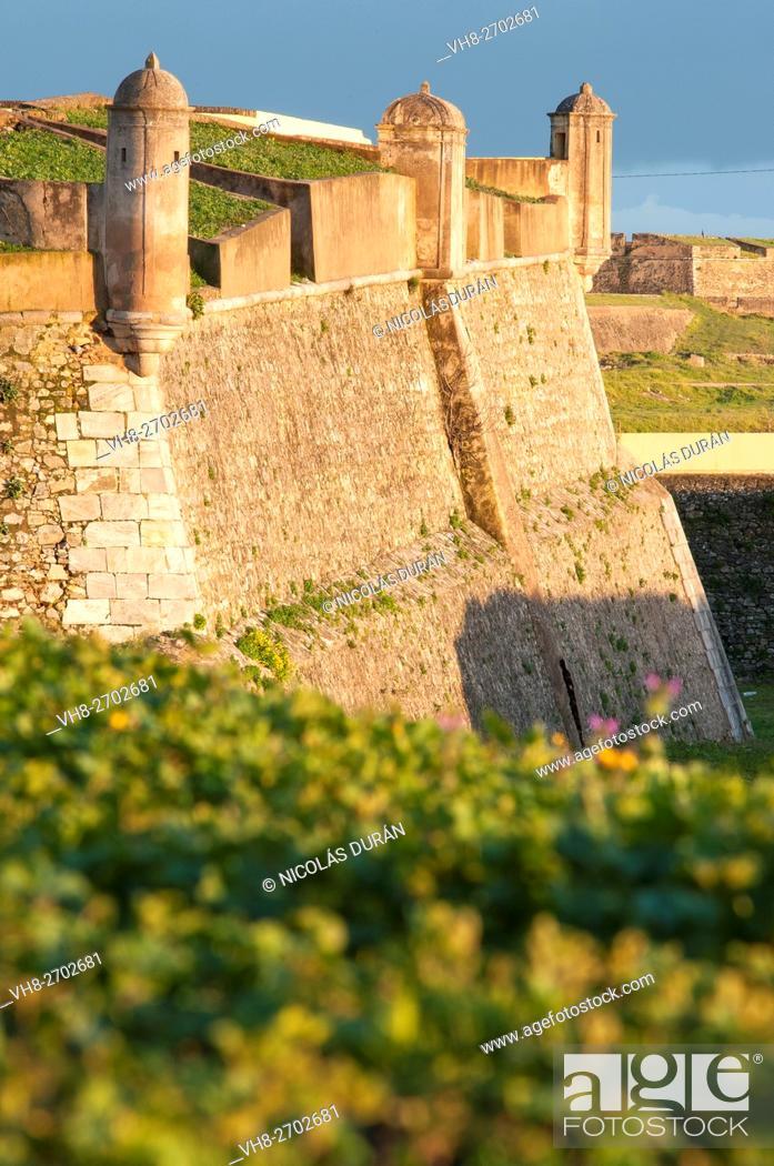Stock Photo: Elvas fortress. Elvas. Alentejo. Portugal.
