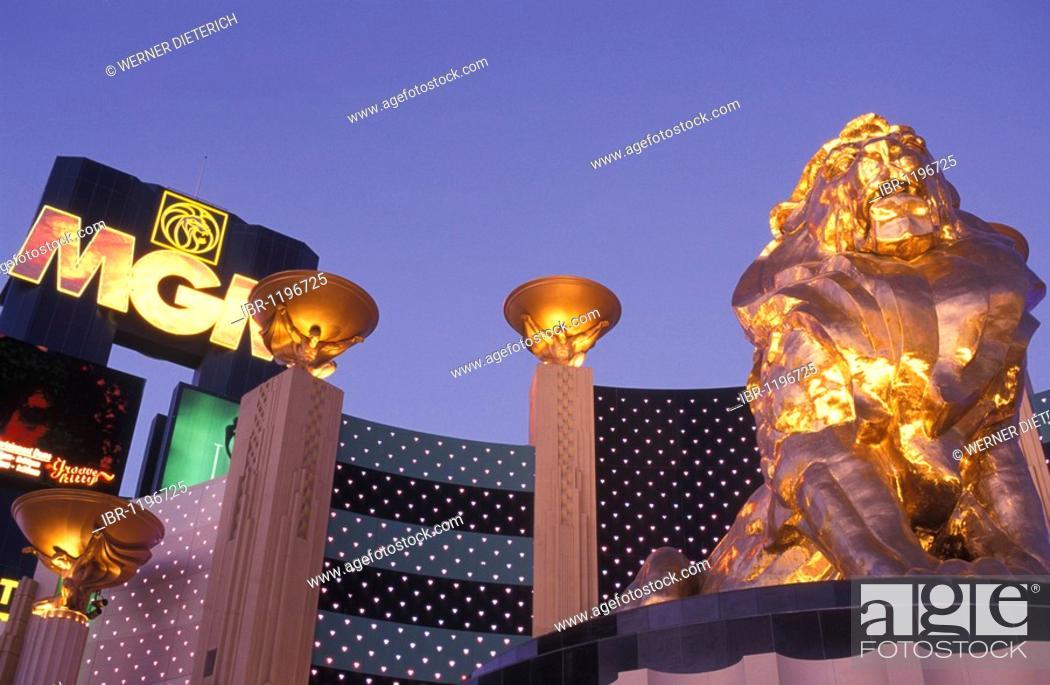 Stock Photo: MGM Grand Casino in the evening, hotel, hotel casino, lion, Las Vegas, Nevada, USA.