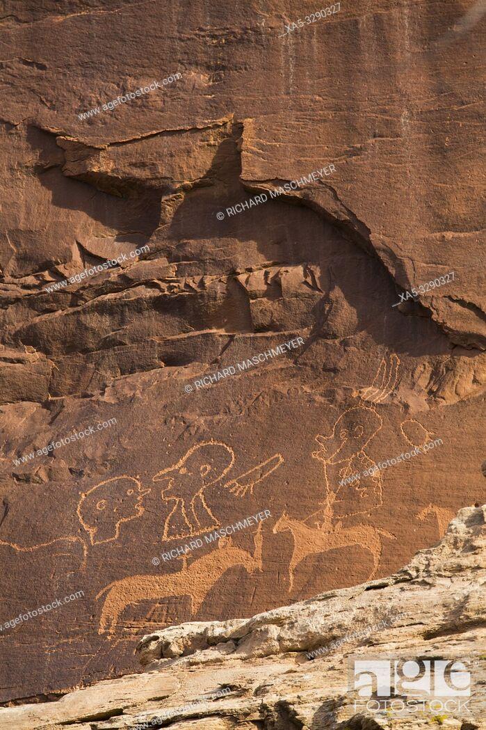 Photo de stock: Sand Island Petroglyph Panel, Near Bluff, Utah, USA.