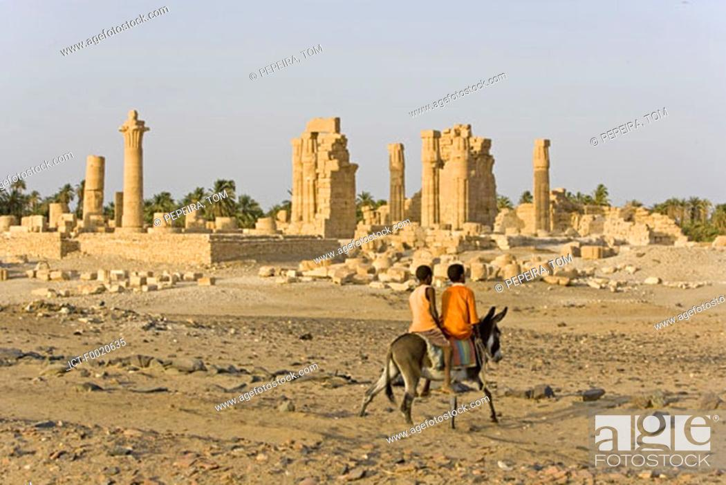 Stock Photo: Sudan, Eastern Sahara, Soleib, Temple of Amon's ruins.