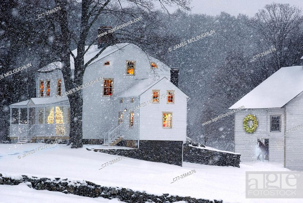Photo de stock: Landscape, Farm scene, Christmas, winter, snow.
