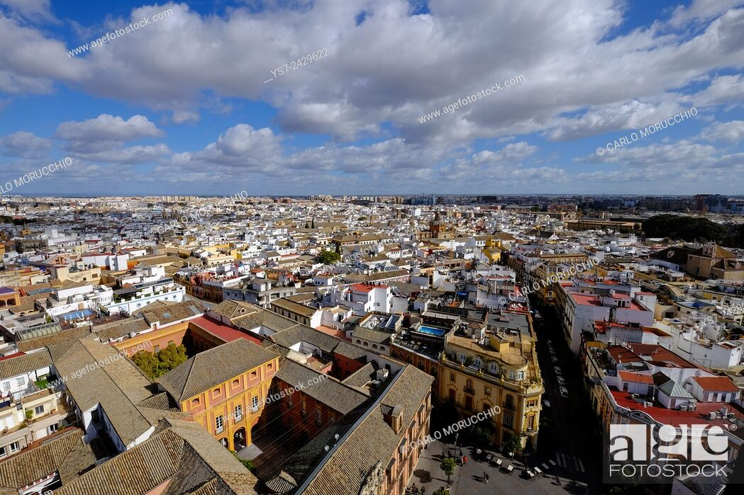Stock Photo: View of Sevilla from Giralda bell tower, Andalusia, Spain.