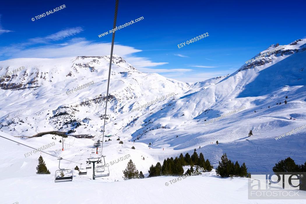 Photo de stock: Cerler sky area in Pyrenees of Huesca at Spain.