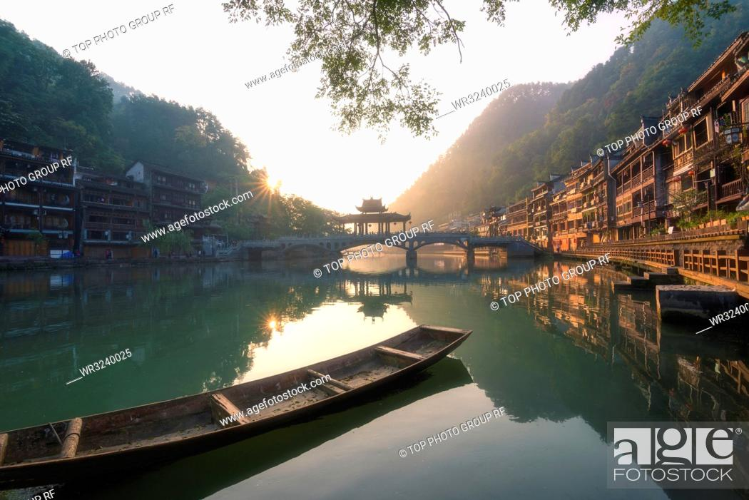 Stock Photo: Tuo River;Fenghuang Ancient Town;Fenghuang County; Hunan;China.
