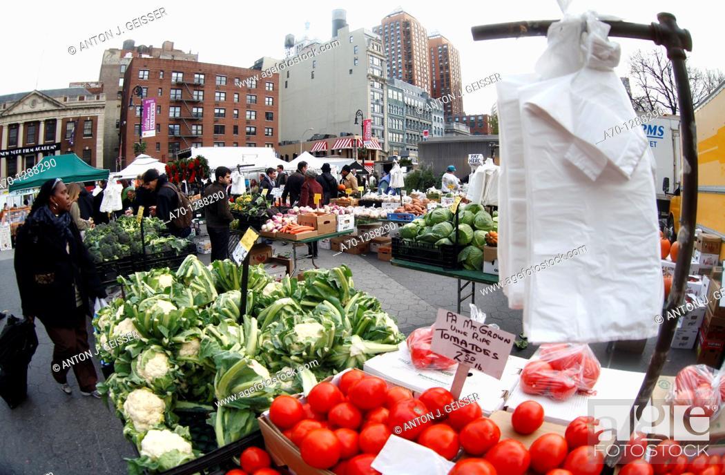 Stock Photo: New York City, Union Square green market , manhattan.