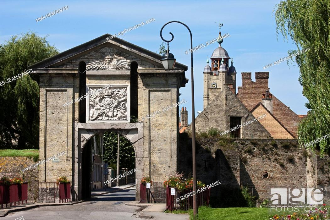 Stock Photo: France, Nord, Bergues, Cassel Gate.