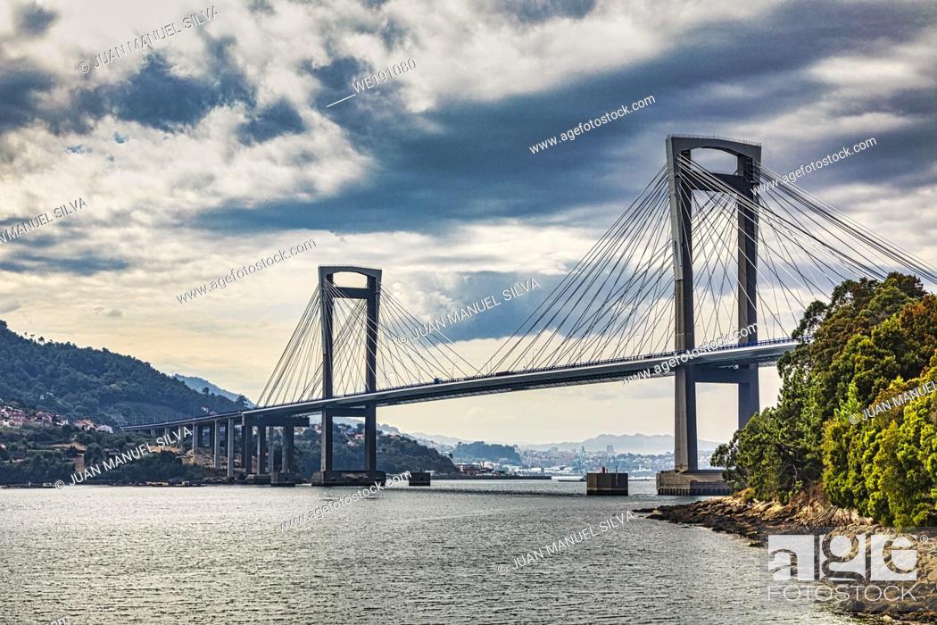 Stock Photo: Rande bridge is a cable-stayed bridge linking Vigo to Morrazo peninsula.