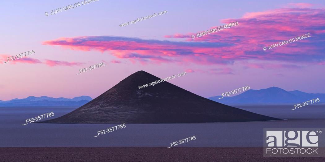 Stock Photo: Cone of Arita, in the desert landscape of the Salar de Arizaro, La Puna, Argentina, South America, America.