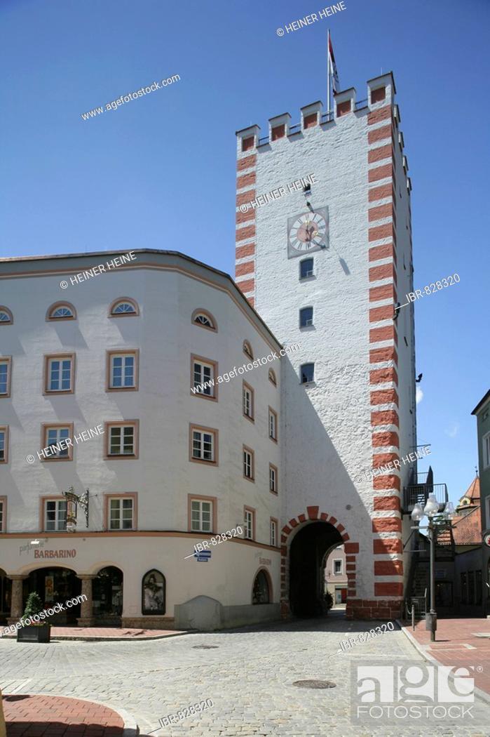 Stock Photo: Muenchner Tor, Munich Gate, Stadtplatz, town square, Muehldorf am Inn, Upper Bavaria, Germany, Europe.
