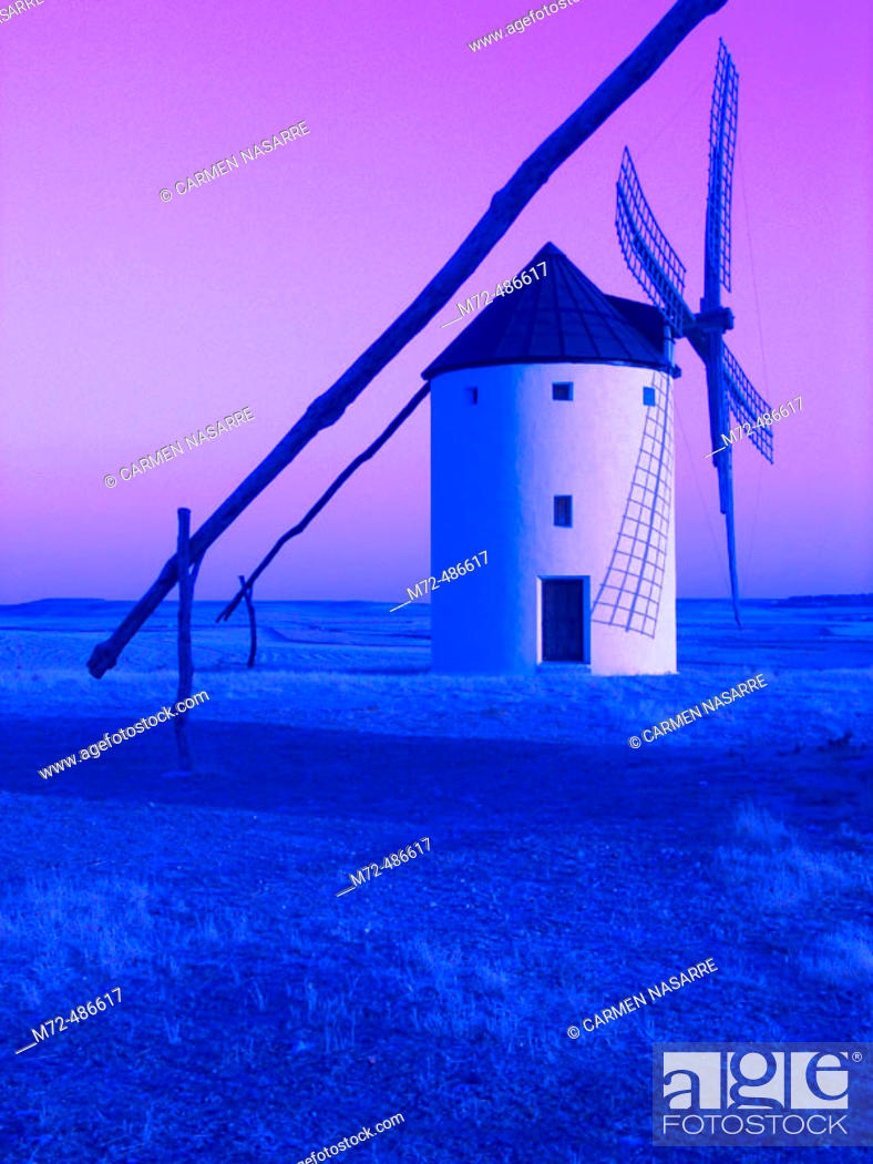 Stock Photo: Windmill, Tembleque. Toledo province, Castilla-La Mancha, Spain.