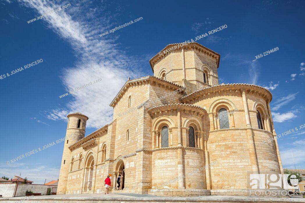 Stock Photo: Churc of San Martin in Fromista, Way of St. James, Palencia, Spain.
