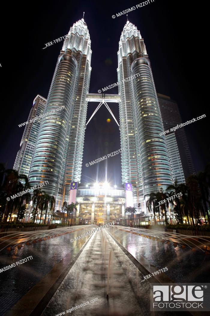 Stock Photo: Menara Petronas towers, Kuala Lumpur, Malaysia.