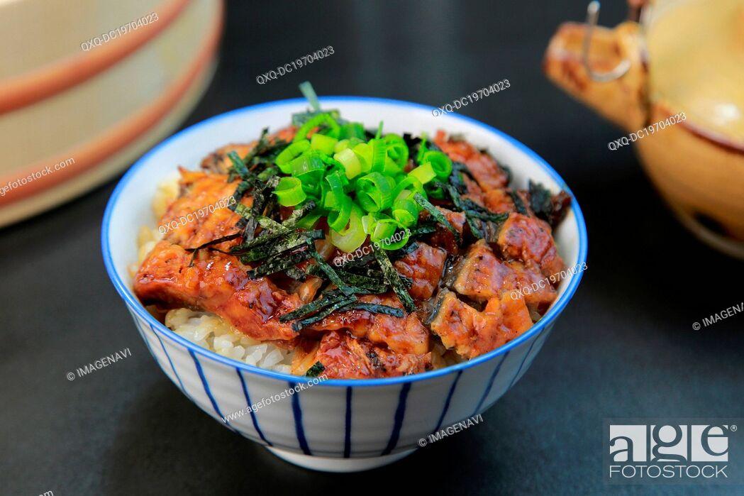 Imagen: Hitsumabushi (Grilled eel on the rice).