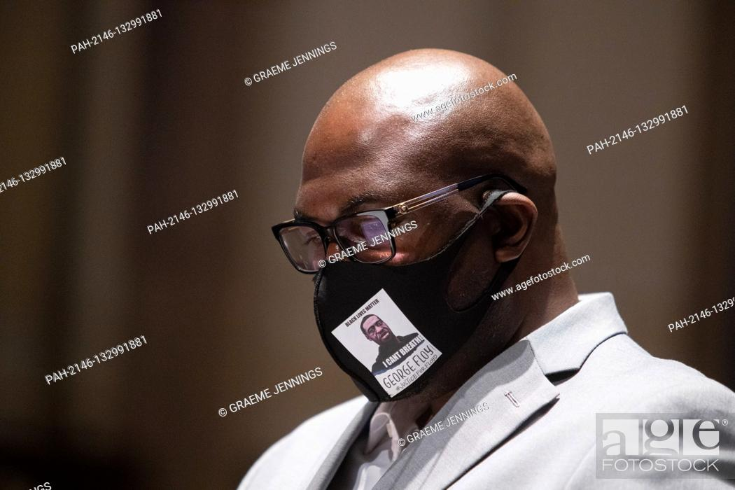 """Imagen: Mr. Philonise Floyd, brother of George Floyd looks on during the opening statements at a House Judiciary Committee hearing on """"""""Policing Practices and Law."""