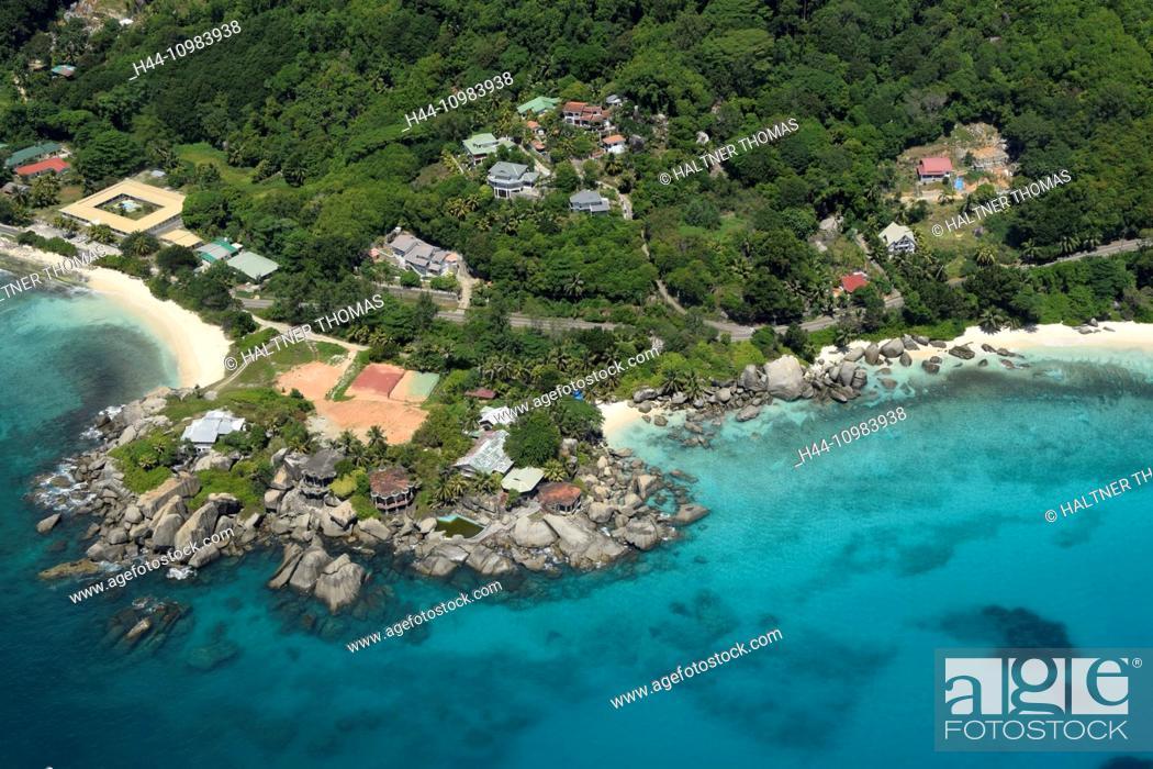 Imagen: aerial of Mahe, Seychelles.