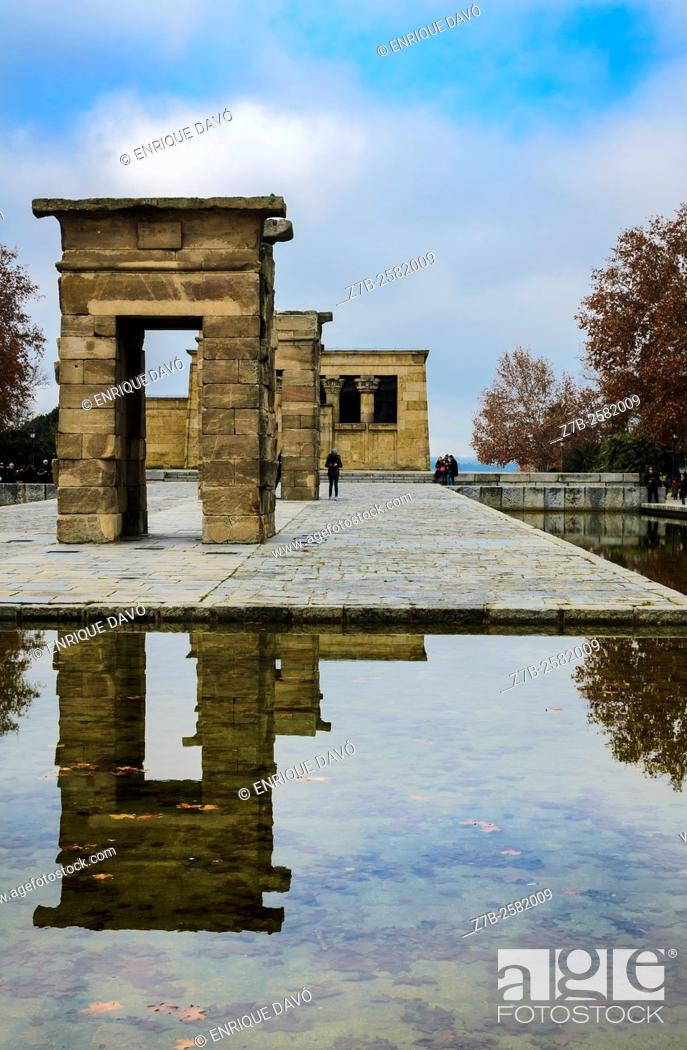Stock Photo: Some reflect sight in Debod temple, Madrid, Spain.