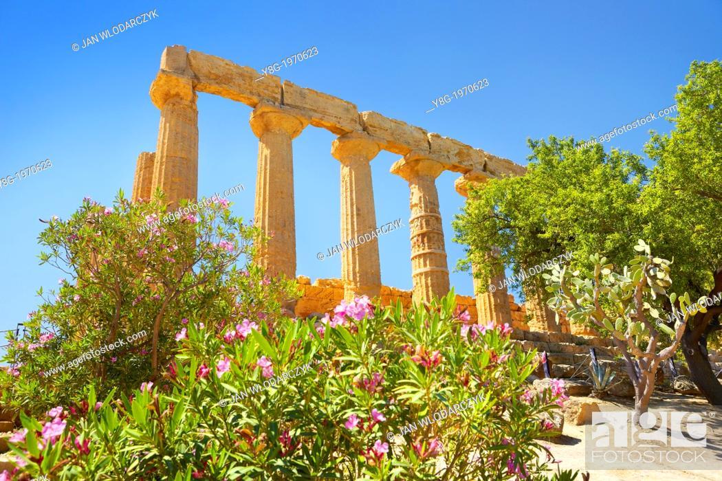 Stock Photo: Temple of Hera in Valley of Temples (Valle dei Templi), Agrigento, Sicily, Italy UNESCO.