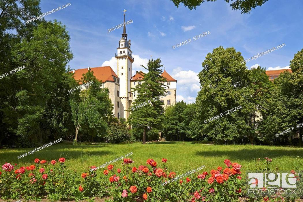 Stock Photo: Castle Hartenfels with Hausmannsturm tower, Torgau, Saxony, Germany.