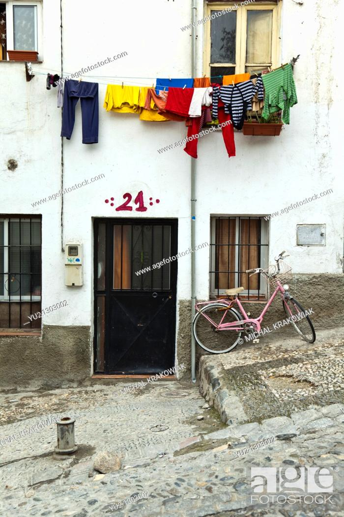 Stock Photo: Home in Albayzín - old district of Granada, Spain.
