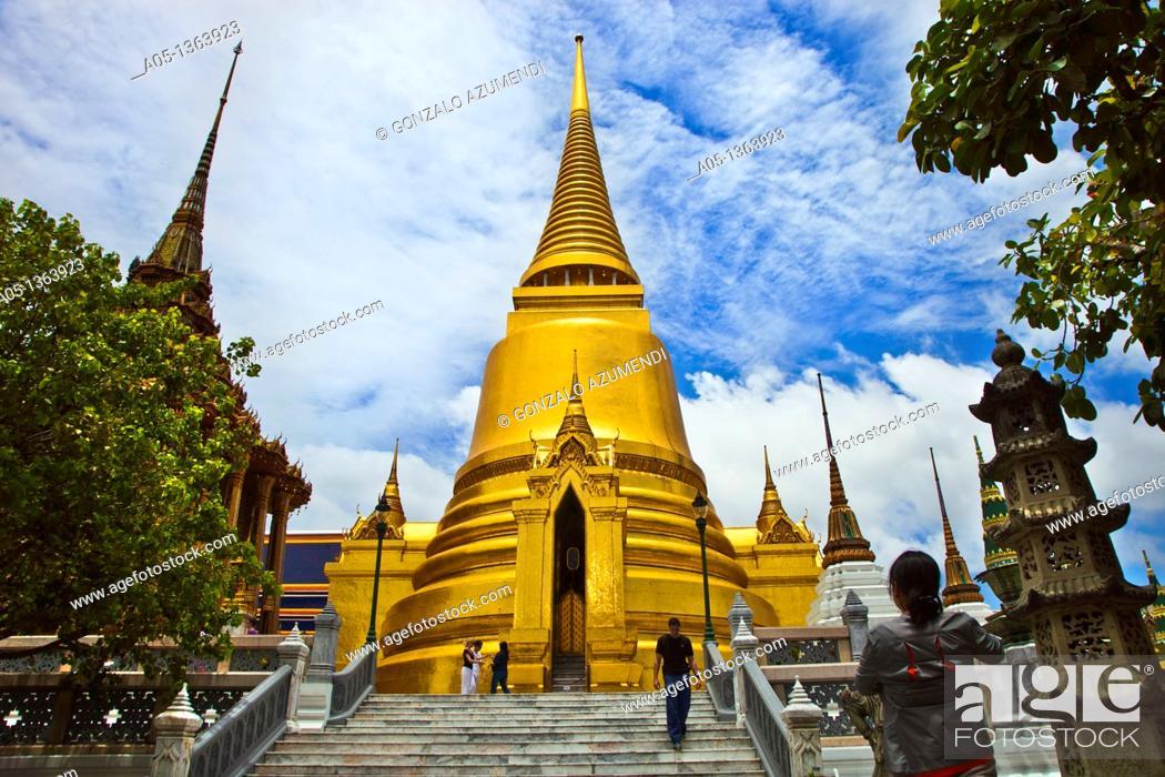 Stock Photo: Golden Chedi  Wat Phra Kaew Emerald Buddha Temple and Grand Palace  Bangkok, Thailand, Southeast Asia, Asia.