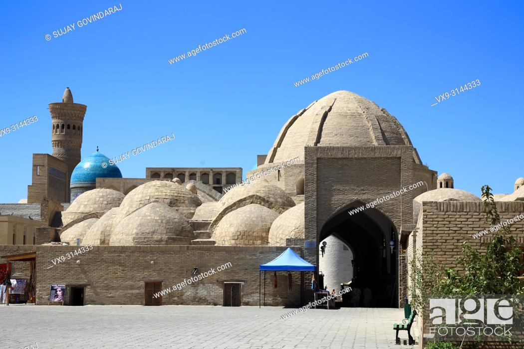 Stock Photo: Bukhara, Uzbekistan - August 27, 2016: Toki Zargaron trading dome, a largest and the first of its kind in Bukhara, an interesting place that explains the.