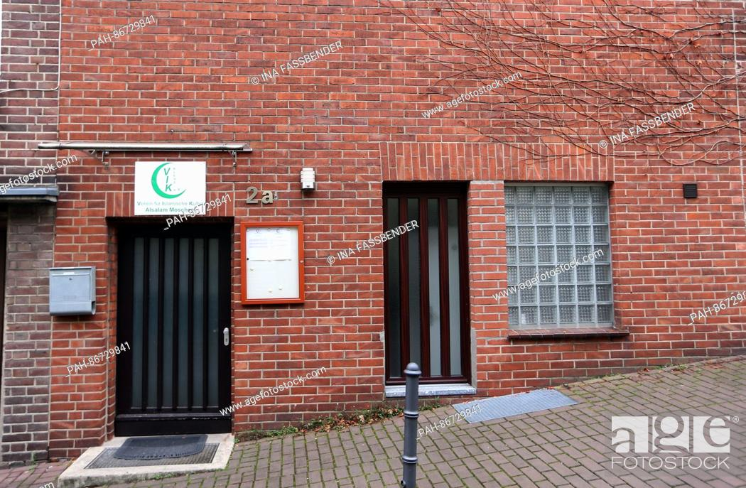 Stock Photo: The exterior of the Alsalam mosque in Kleve, Germany, 21 December 2016. Photo: Ina Fassbender/dpa   usage worldwide. - Kleve/North Rhine-Westphalia/Germany.