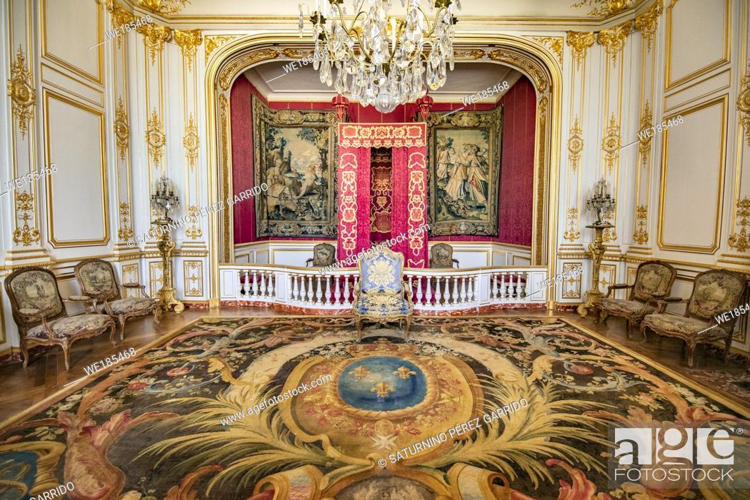 Stock Photo: King's bedroom in Chambord Castle, France.