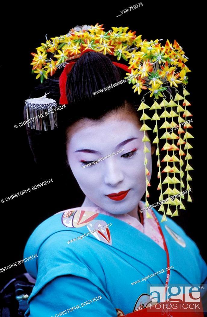 Stock Photo: Geisha in full attire. Kyoto. Japan.