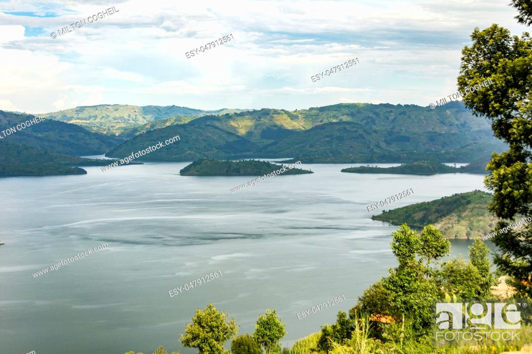 Stock Photo: Lake Kivu, one of the largest of the African Great Lakes, In Rwanda.