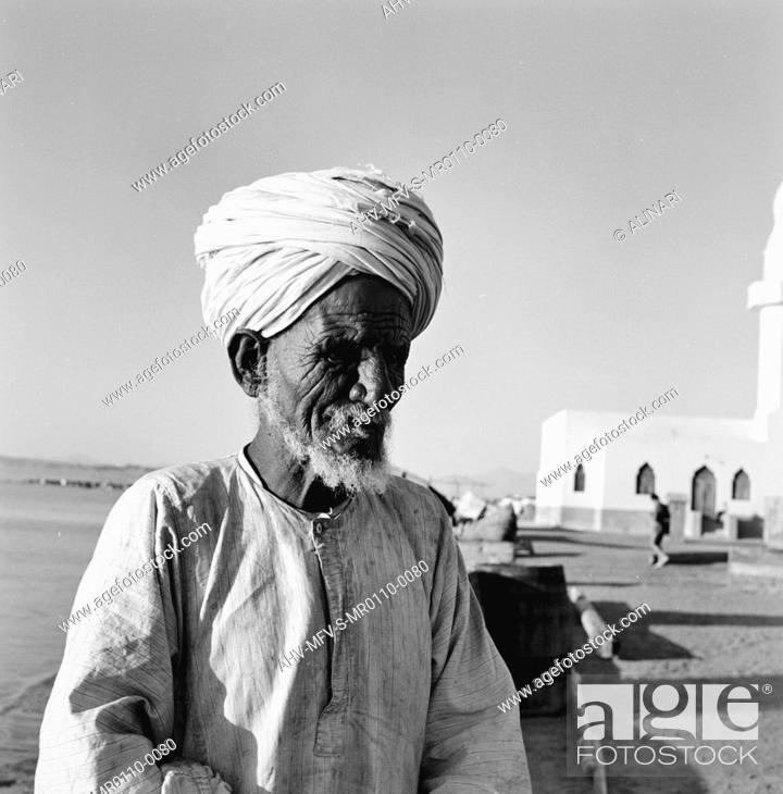 Imagen: Portrait of an old Egyptian, shot 10-11/1955 by Maraini Fosco, Fosco Maraini/Gabinetto Vieusseux Property©Fratelli Alinari.