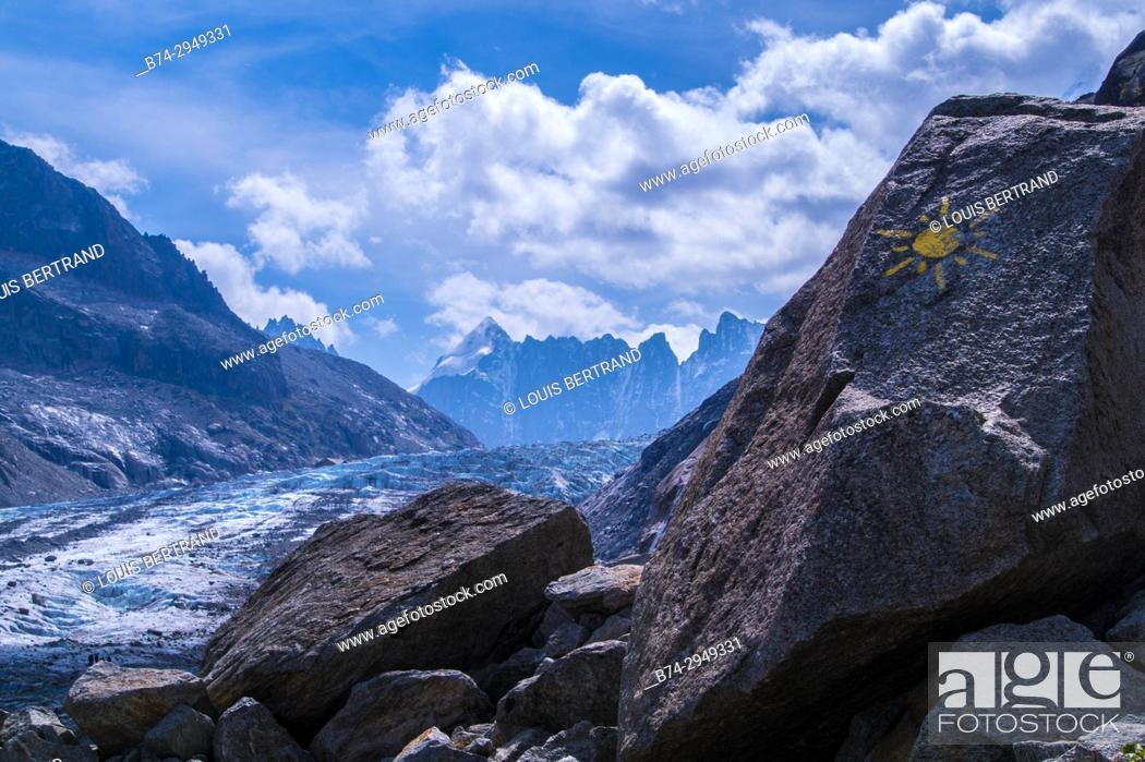Stock Photo: glacier of argentiere, chamonix, haute savoie, france.