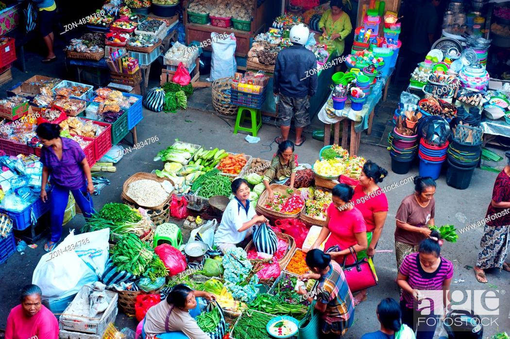 Ubud Bali Island Indonesia April 23 2013 People Buying