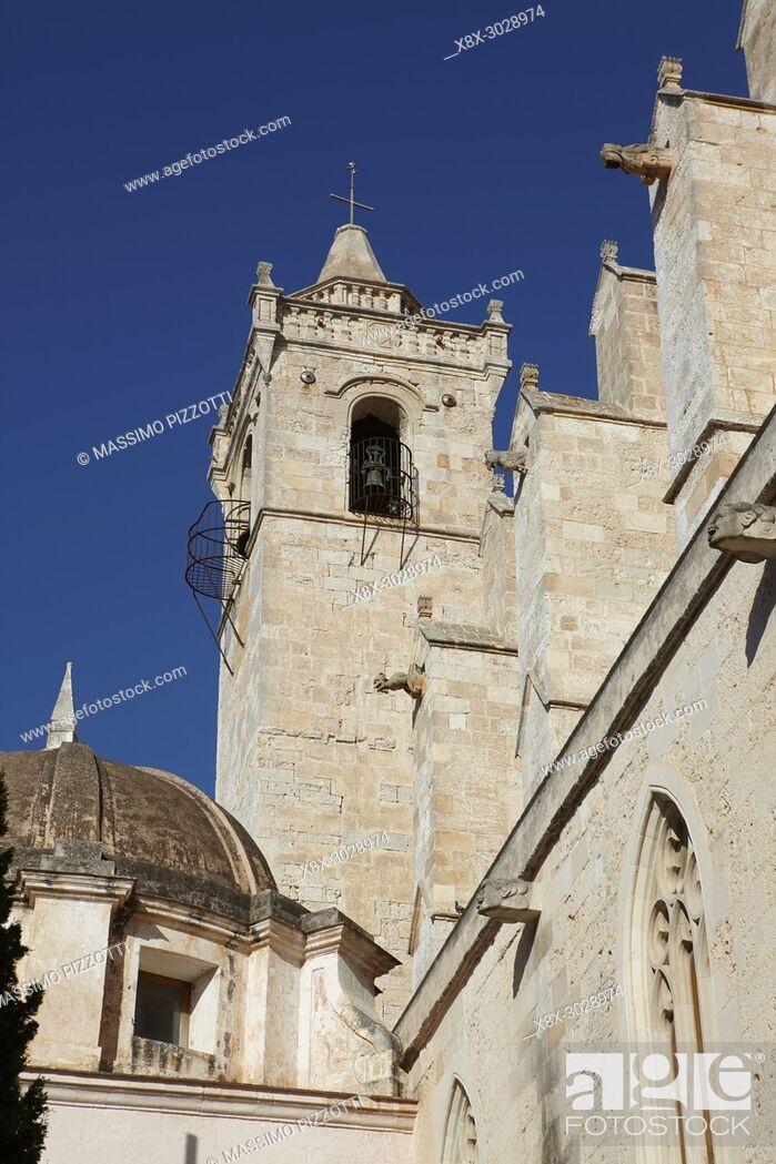 Imagen: Belfry of the Cathedral of Ciutadella de Menorca, Balearic Islands, Spain.