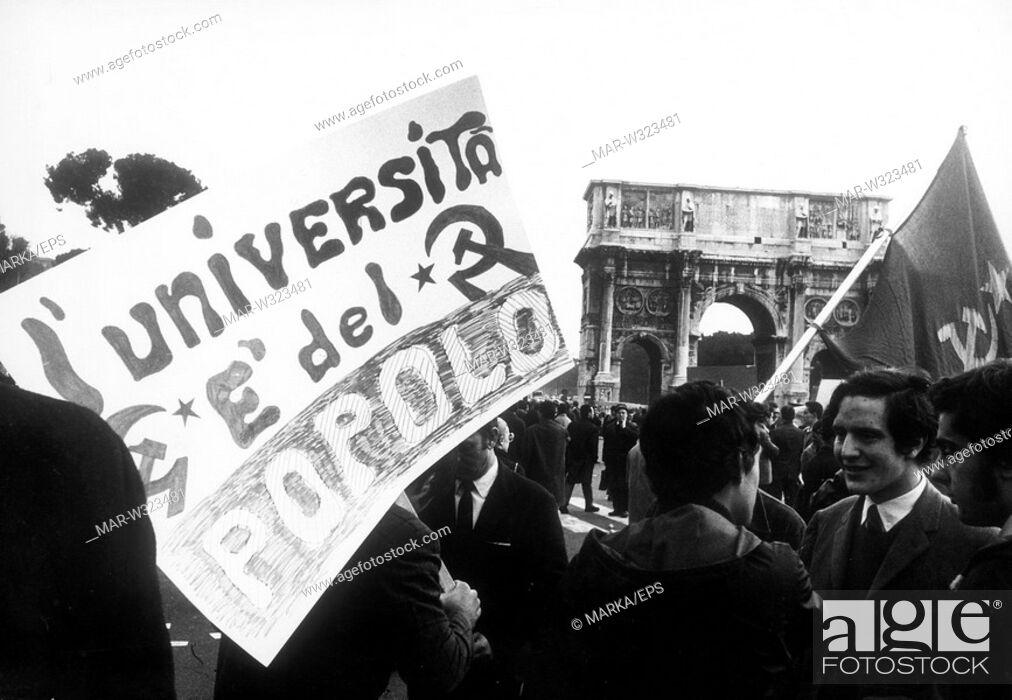 Imagen: roma 1968, manifestazione studentesca, studenti di sinistra.