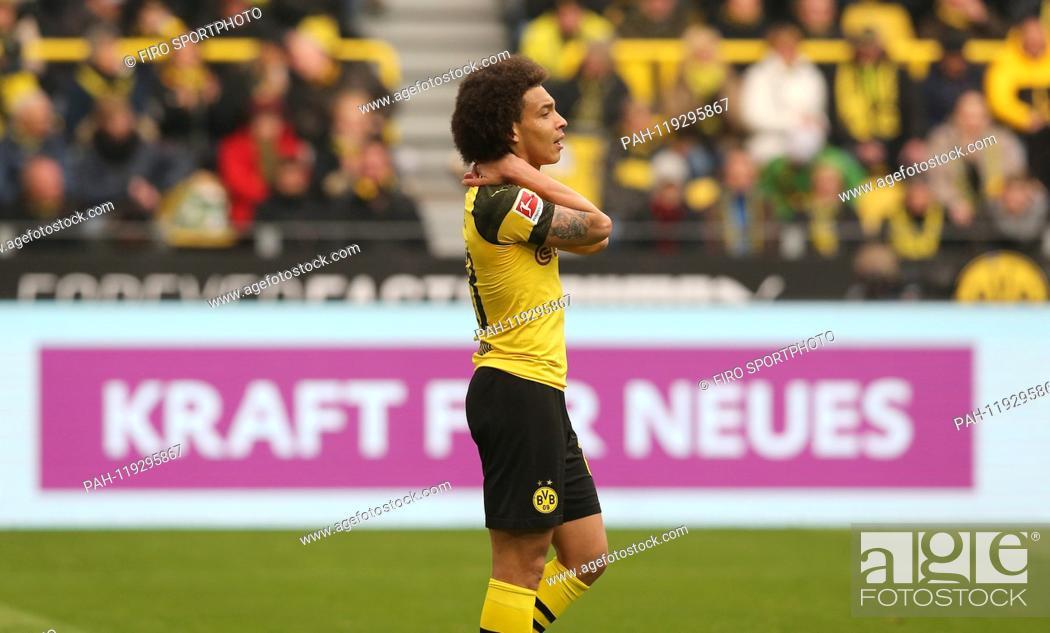 Stock Photo: firo: 13.04.2019, football, 1.Bundesliga, season 2018/2019, BVB, Borussia Dortmund - FSV FSV FSV Mainz 05 2: 1, Axel WITSEL, BVB, gesture.