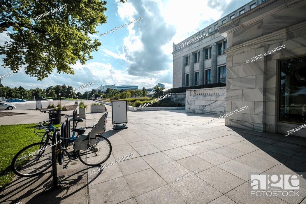 Stock Photo: Back entrance to the The Field Museum. Chicago.