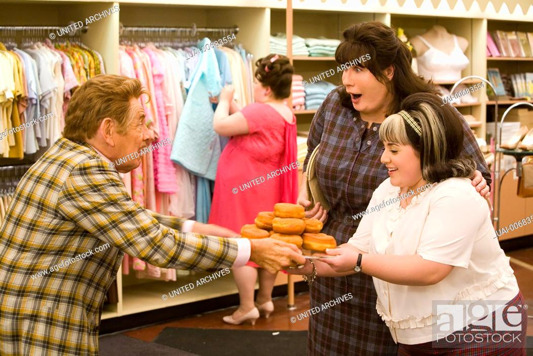 Jerry Stiller Mr Pinky Nikki Nicole Blonsky Tracy Turnblad Stock Photo Picture And Rights Managed Image Pic Uai 00683554 Agefotostock