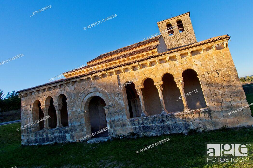Imagen: Romanesque Hermitage of Nuestra Señora de las Vegas, Requijada, Segovia, Castilla y León, Spain, Europe.