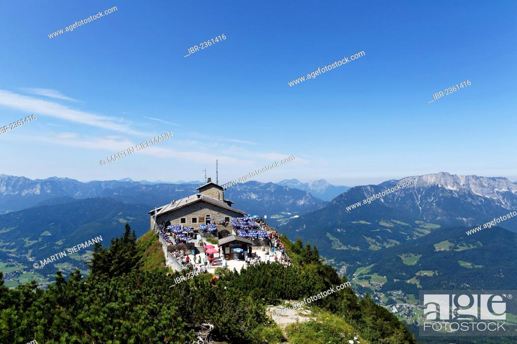 Photo de stock: Kehlsteinhaus or Eagle's Nest, Kehlstein Mountain, with Untersberg on the right, Berchtesgaden, Berchtesgadener Land, Upper Bavaria, Bavaria, Germany, Europe.