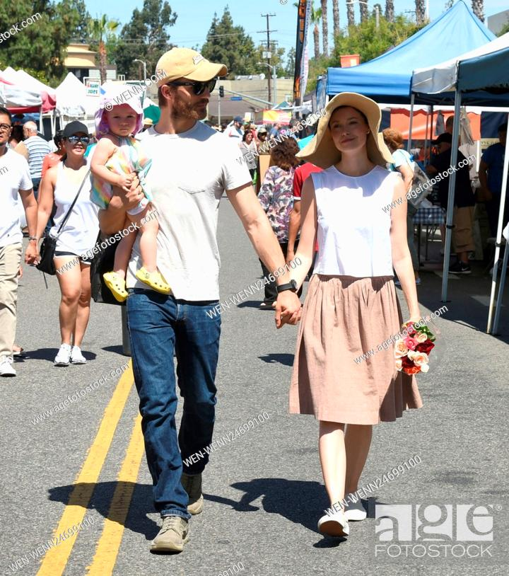 Summer Glau And Husband Val Morrison Take Their Daughter Milena Jo Morrison To The Farmers Market Stock Photo Picture And Rights Managed Image Pic Wen Wenn24699100 Agefotostock Summer glau is a 39 year old american actress. https www agefotostock com age en stock images rights managed wen wenn24699100