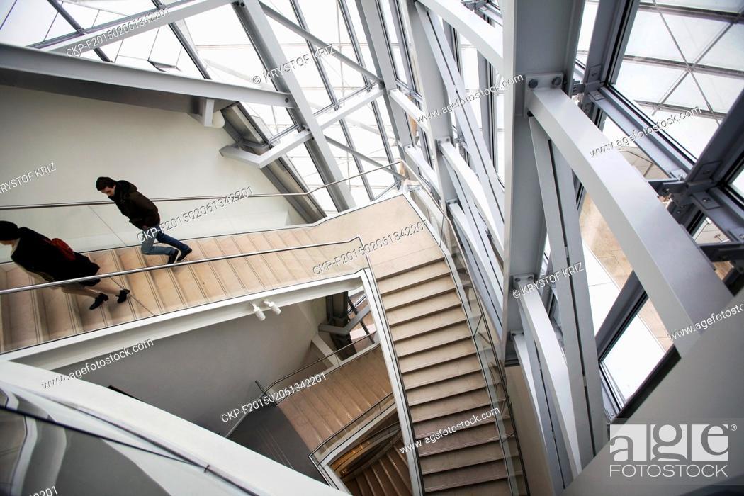 Imagen: Louis Vuitton Foundation in Paris, France on January 26, 2015. Louis Vuitton Foundation in Bois de Boulogne in west part of Paris was opened on October 28, 2014.